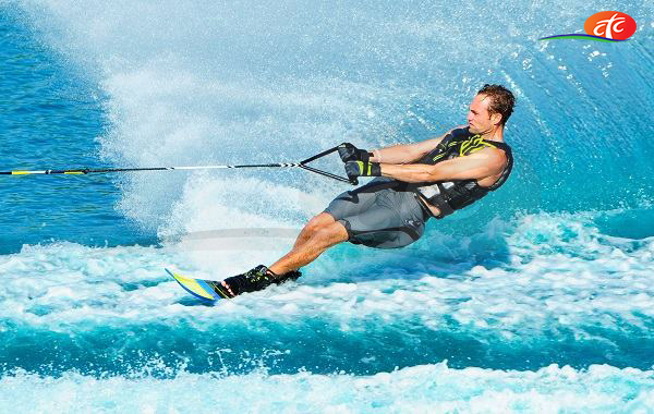 Water Skiing - Knee Boarding